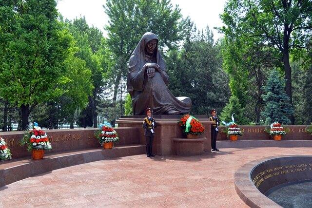 9-мая день памяти и почести